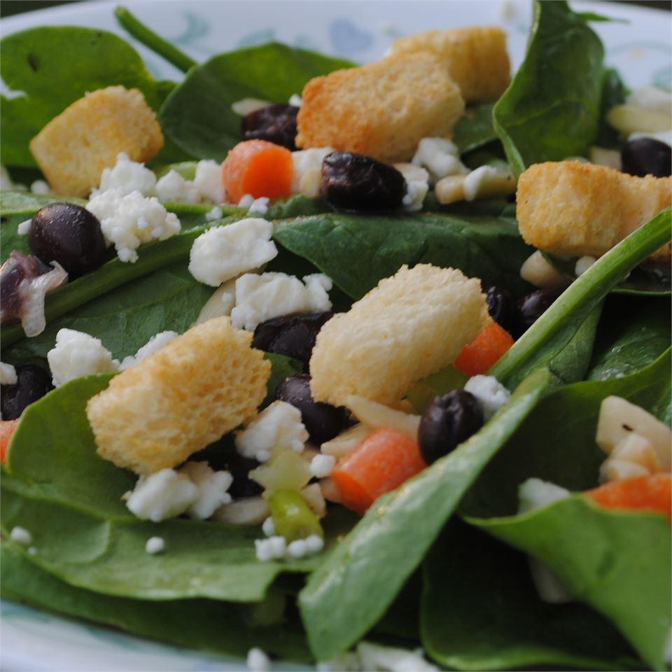 Delicious Spinach Salad