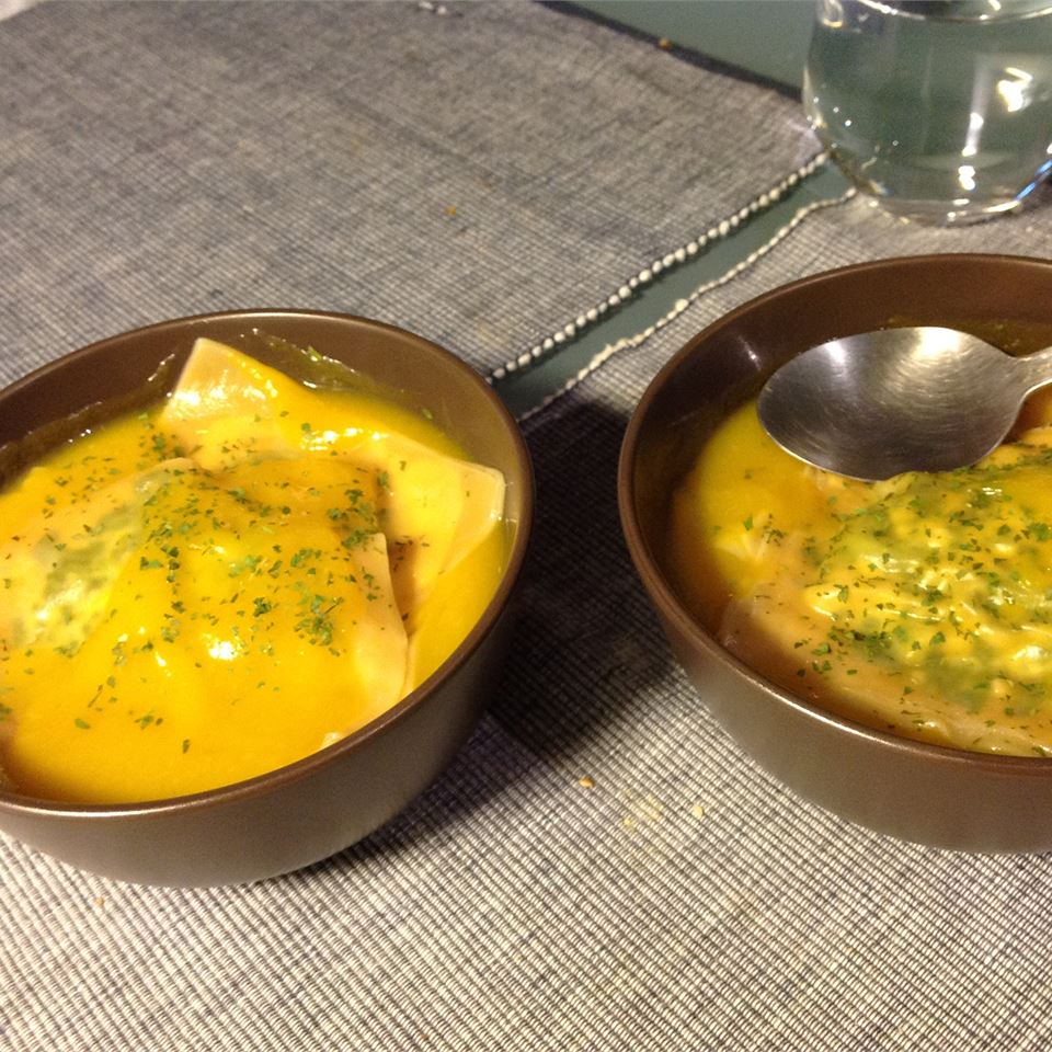 Butternut Squash Soup with Spinach Ravioli SKA