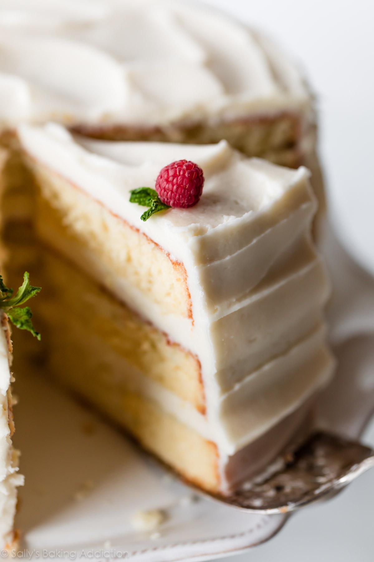 Easy Vanilla Cake_image