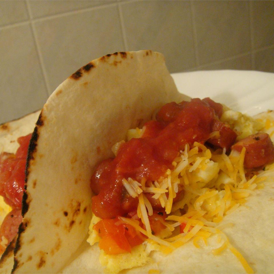 Easy Money Breakfast Burritos LYNDERAE