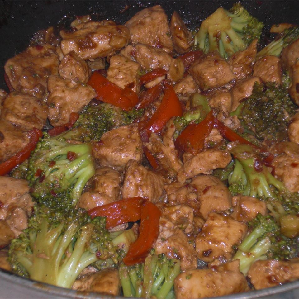 Sweet and Spicy Stir Fry with Chicken and Broccoli just_jam