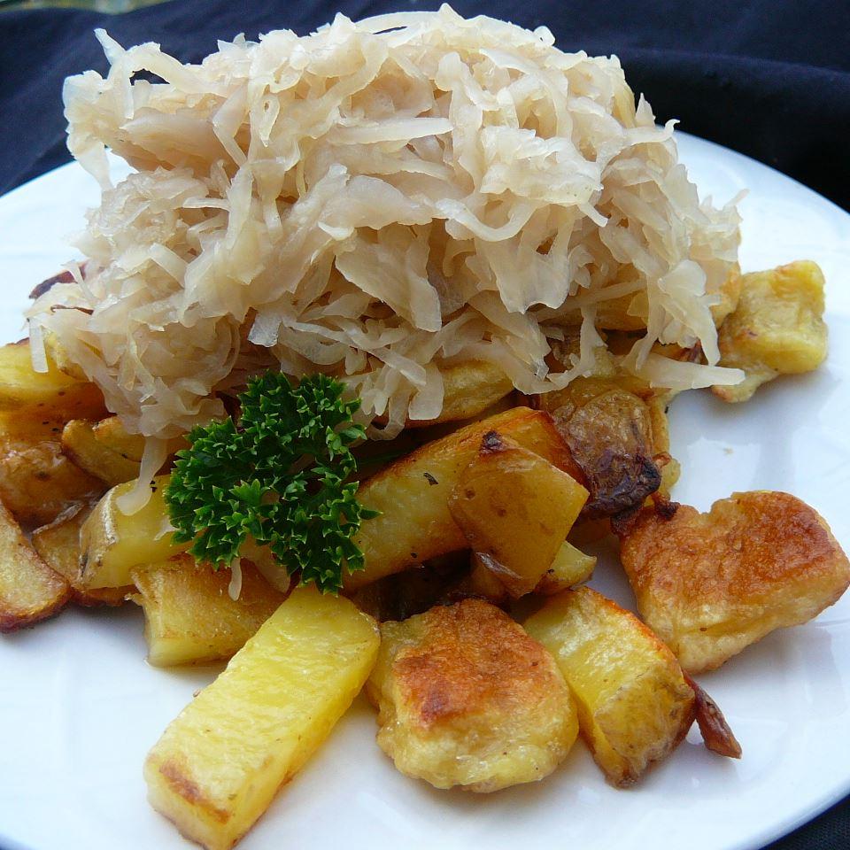 Knoephla, Potatoes and Sauerkraut DHERDEBU