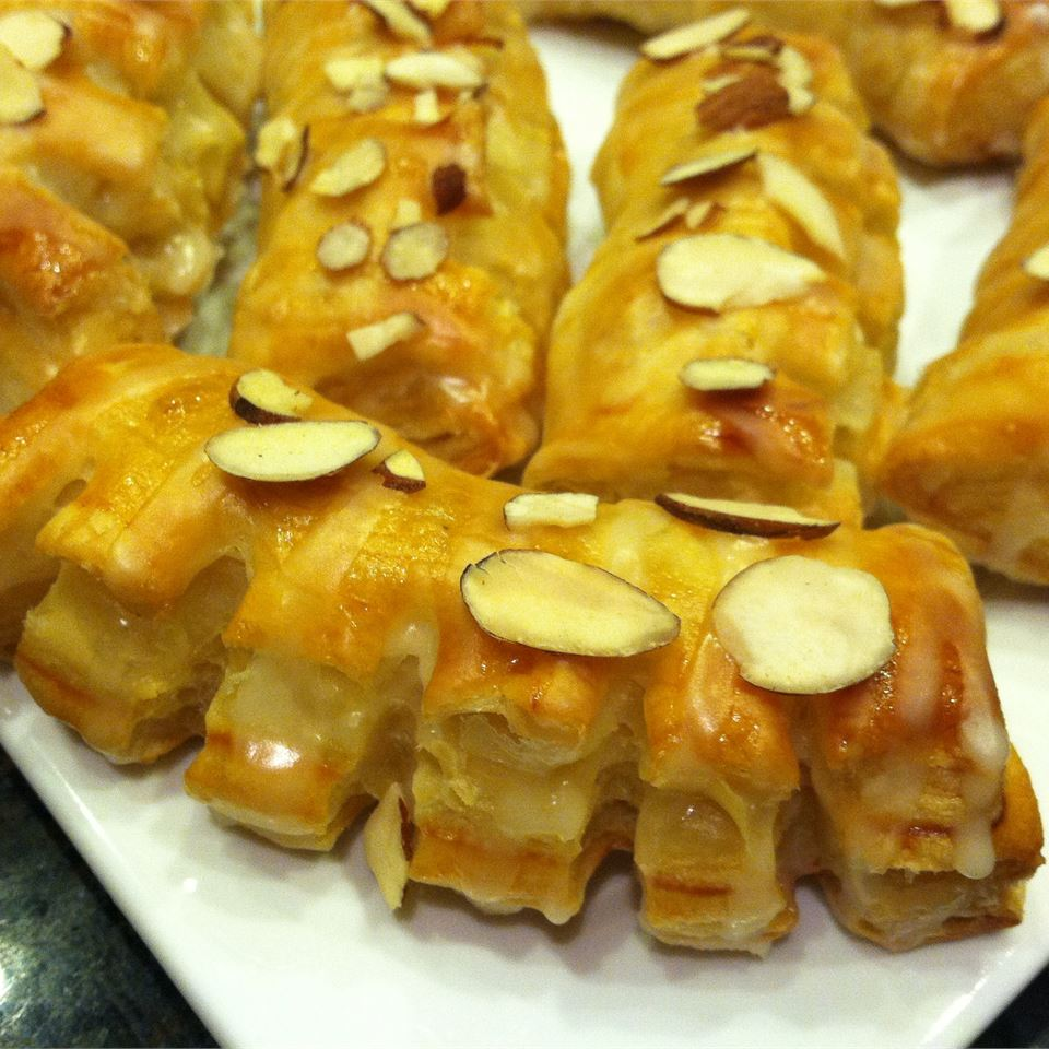 Almond Bear Claws image
