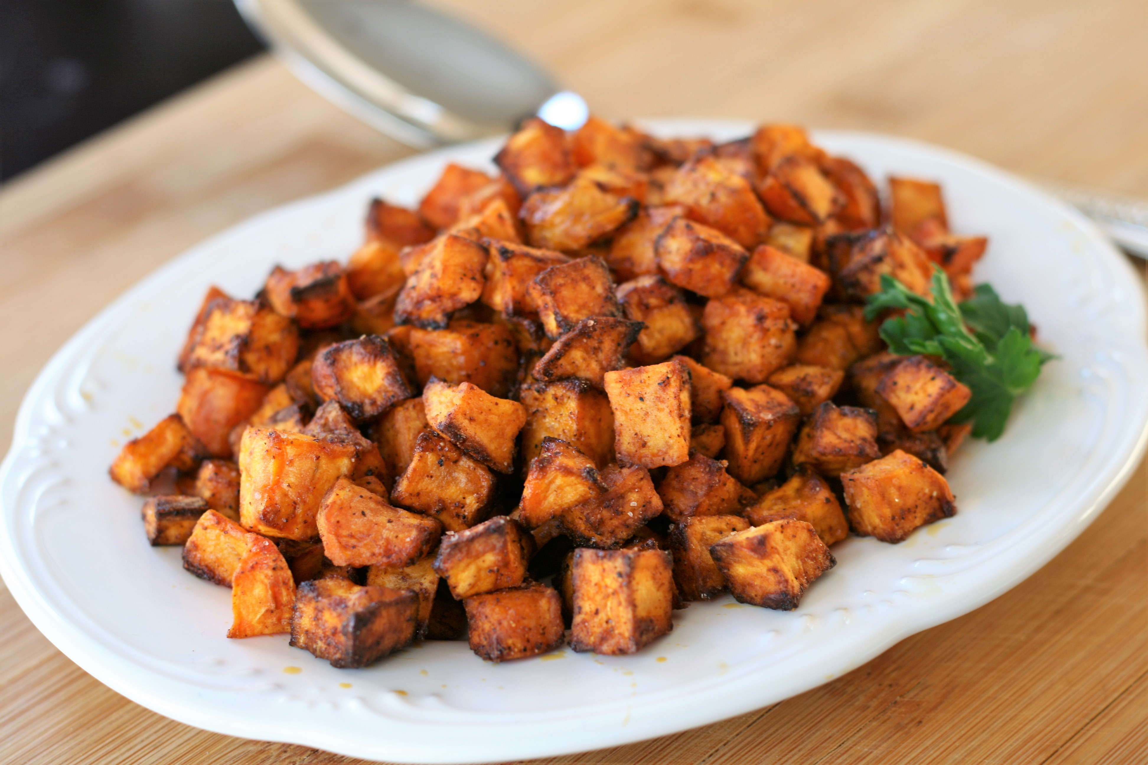 sweet and spicy air fried sweet potatoes