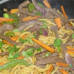 Chicken Chow Mein (West Indian Style)