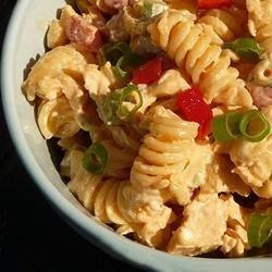 Tangy Buffalo Chicken Pasta Salad Grumpy's Honeybunch