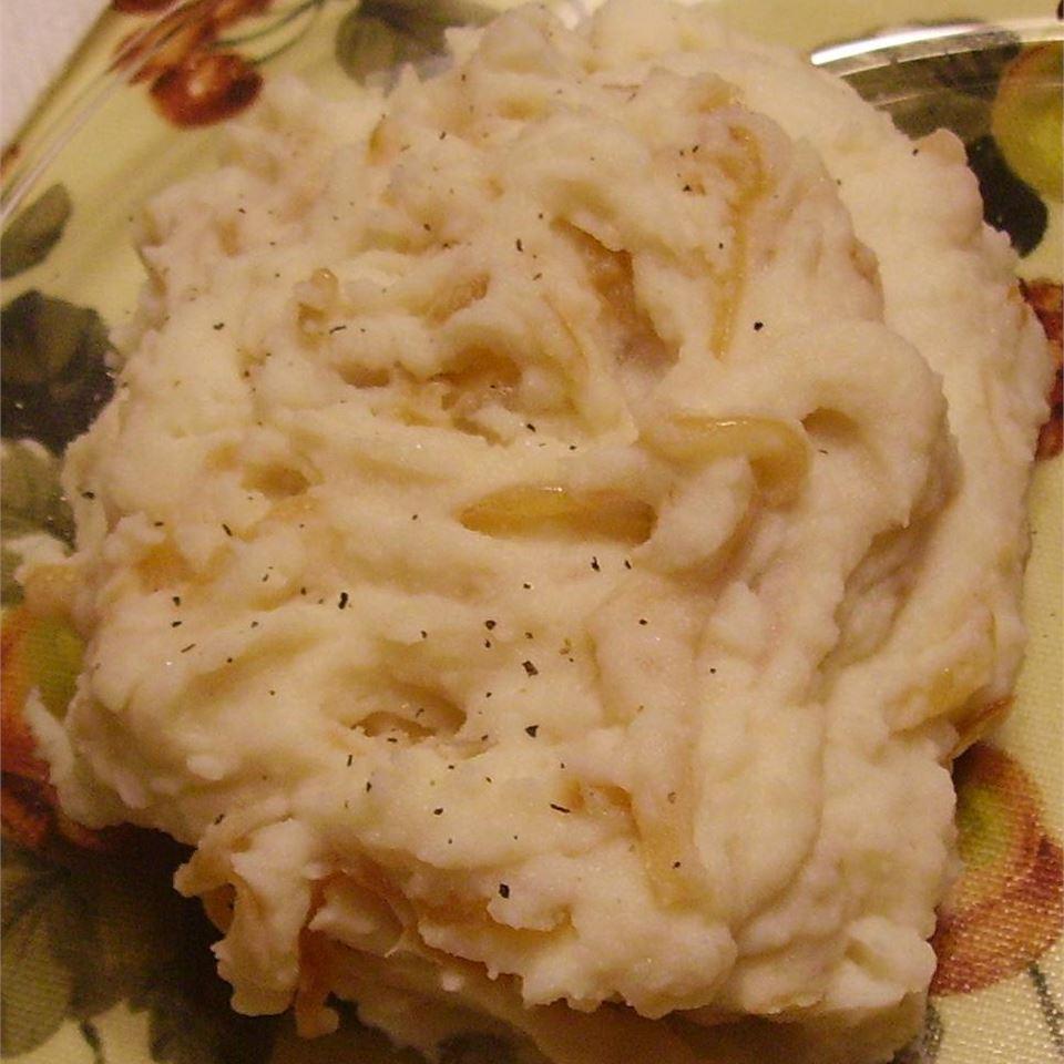 Caramelized Onion and Horseradish Smashed Potatoes Christina