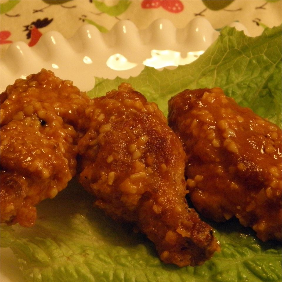 Healthier Restaurant-Style Buffalo Chicken Wings MakeItHealthy