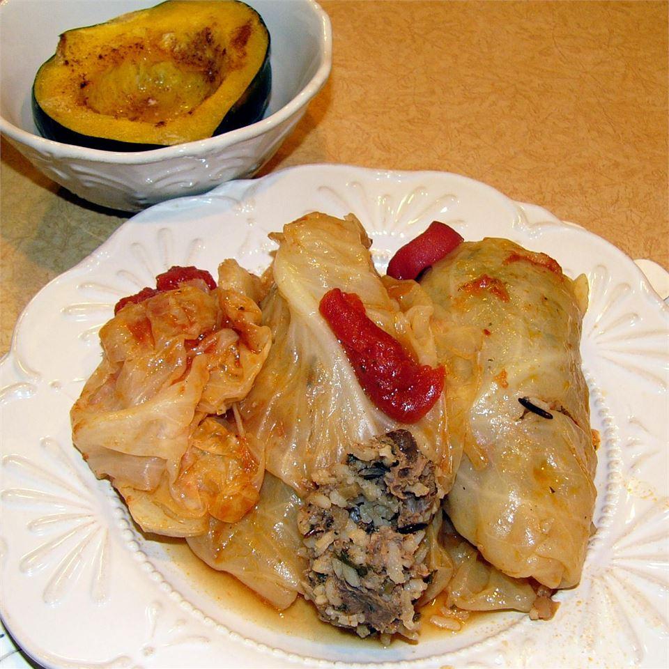 Lamb and Rice Stuffed Cabbage Rolls aputler