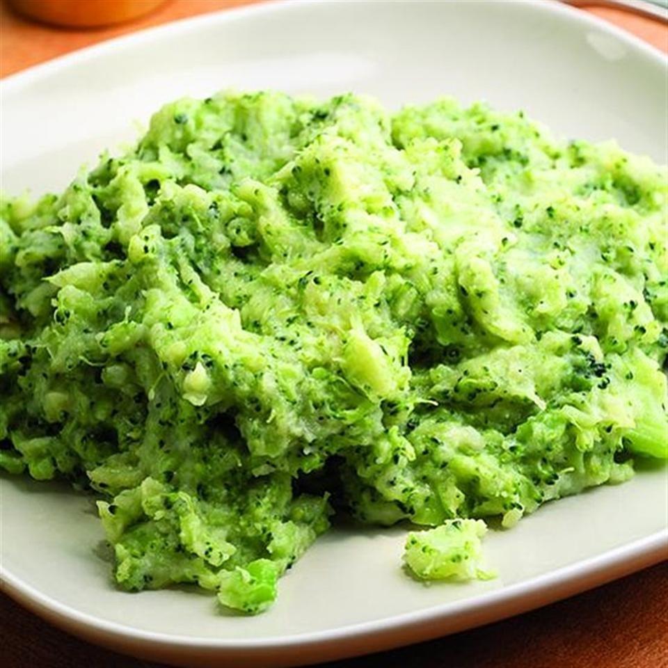 Cheesy Broccoli-Potato Mash
