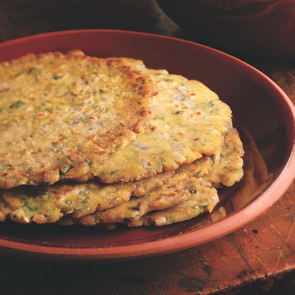 Griddle-Cooked Corn Flatbread (Makkai ki roti)