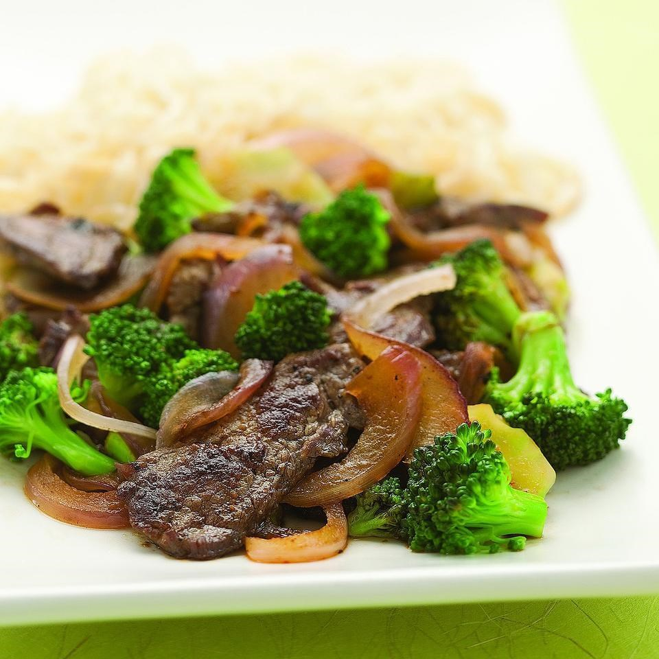 Stir fried chile beef broccoli recipe eatingwell stir fried chile beef broccoli forumfinder Image collections