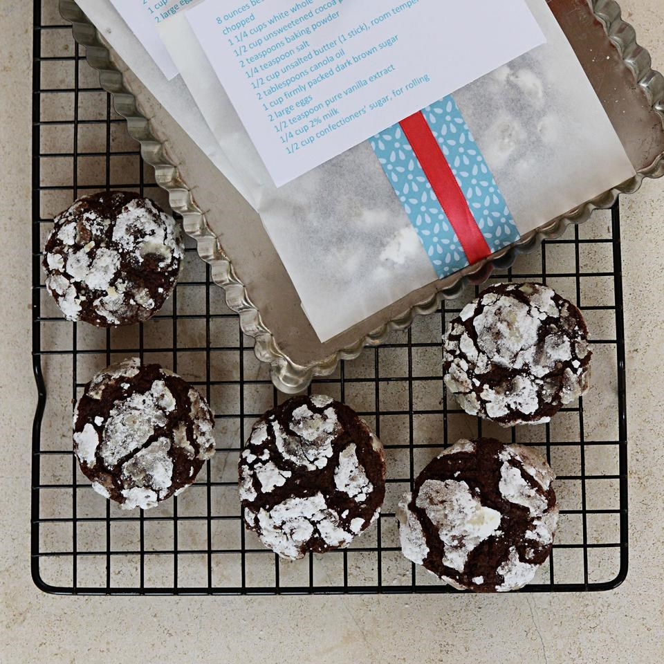 Chocolate Snowcap Cookies