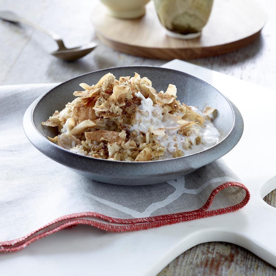 Coconut Chai-Spiced Oatmeal