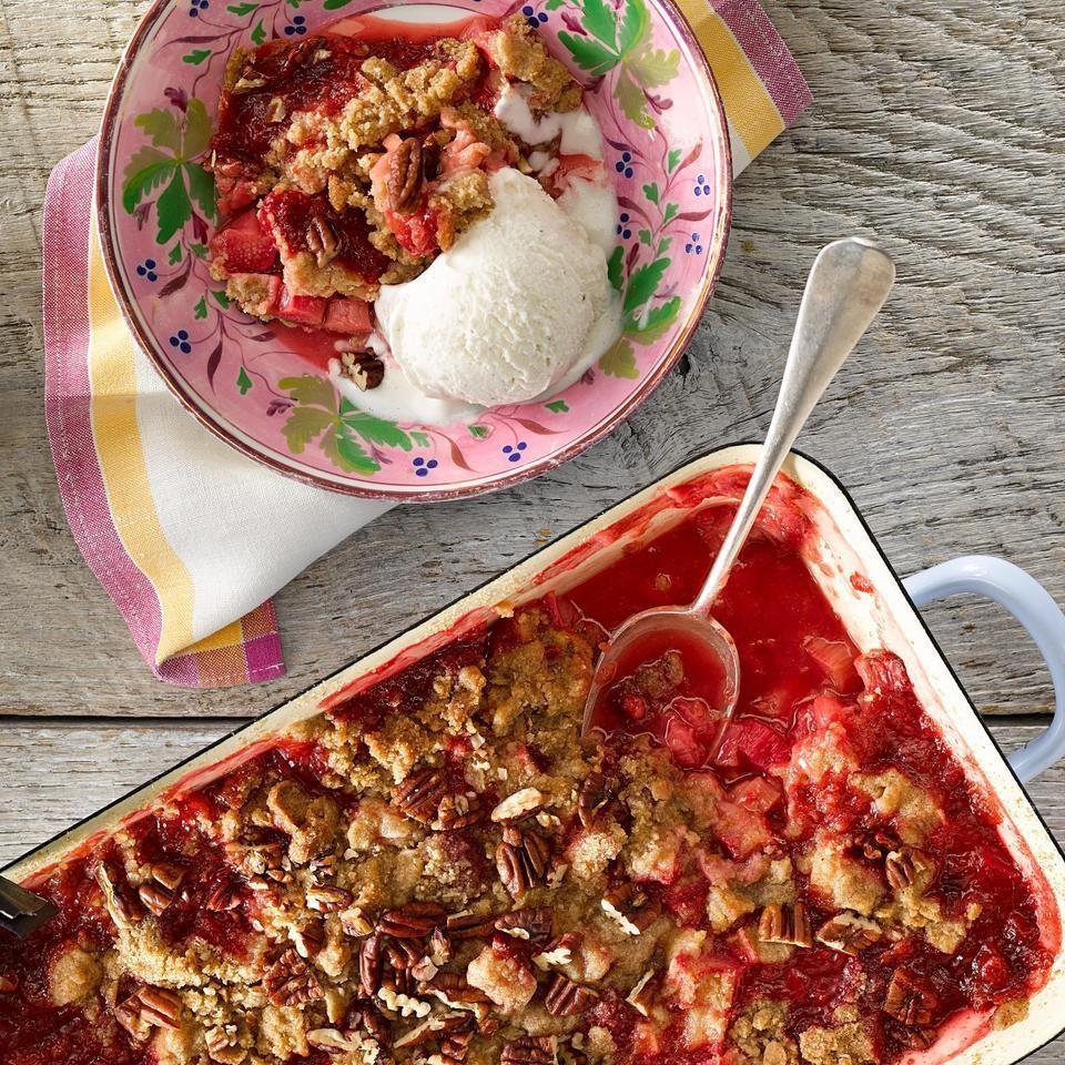 Rhubarb-Raspberry Crumble