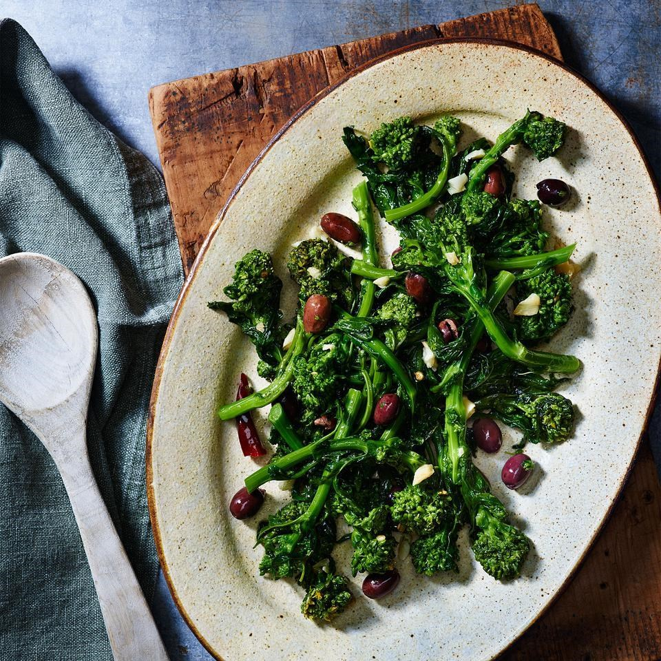 Broccoli Rabe with Olives & Garlic (Broccoli di Rape Stufati)