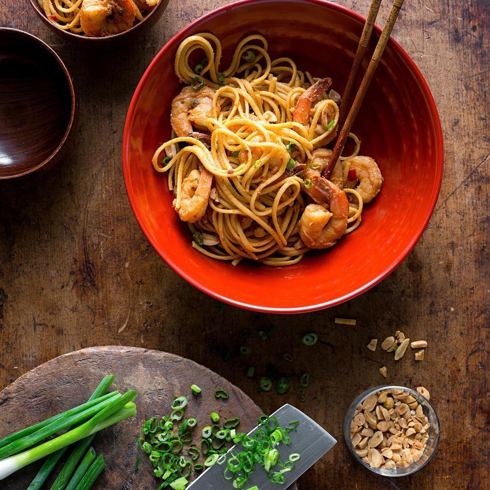 Dan Dan Noodles with Shrimp