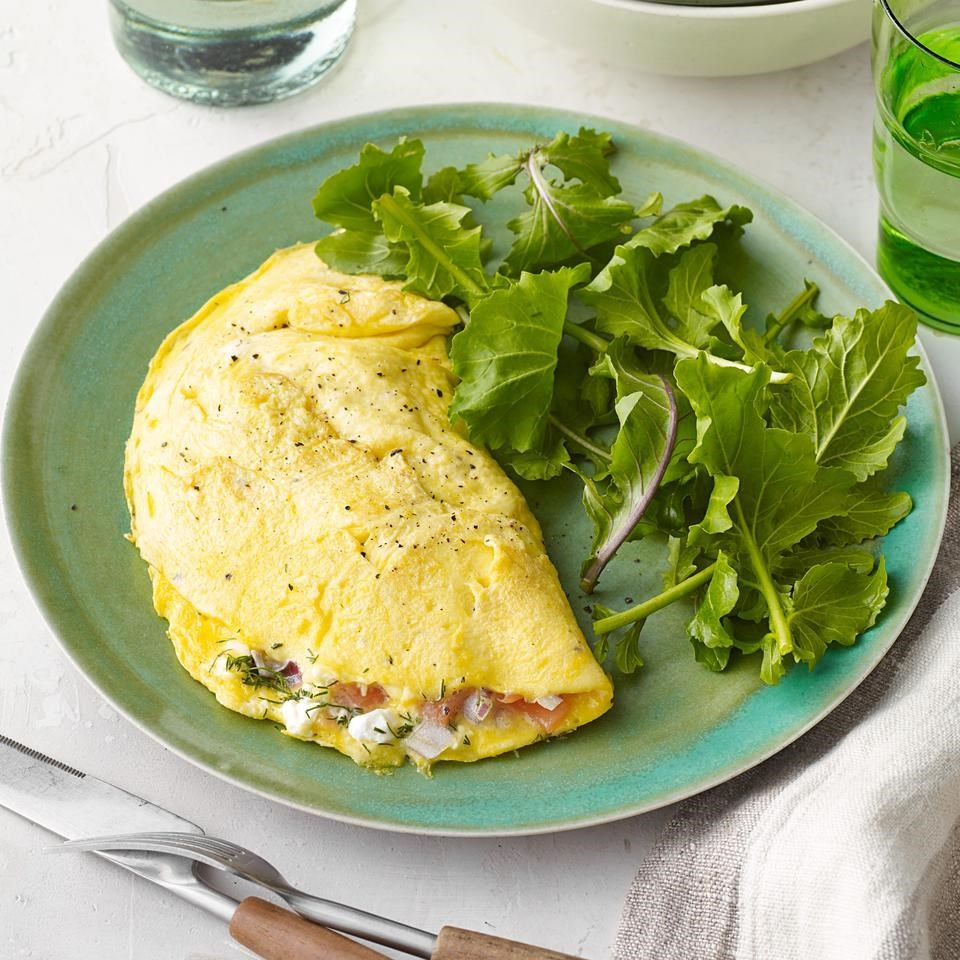 Smoked Salmon & Cream Cheese Omelet Recipe - EatingWell