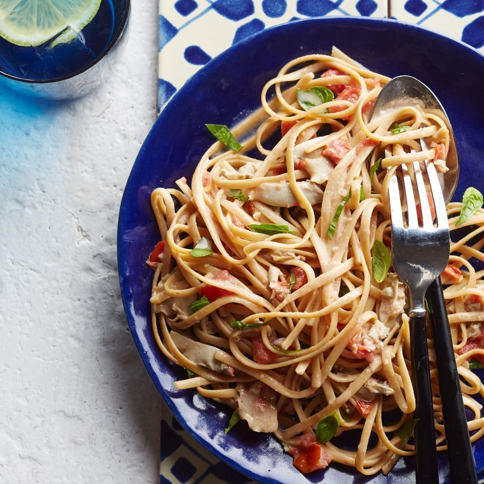 Linguine with Creamy White Clam Sauce