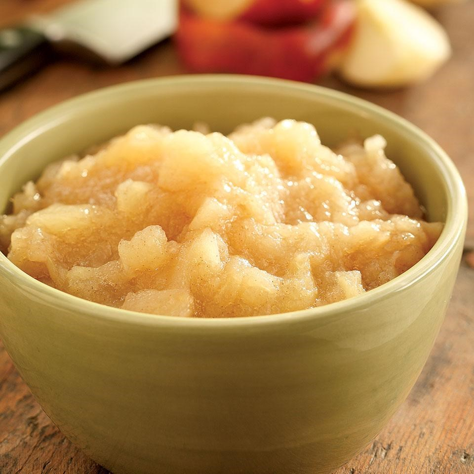 Maple-Cinnamon Applesauce
