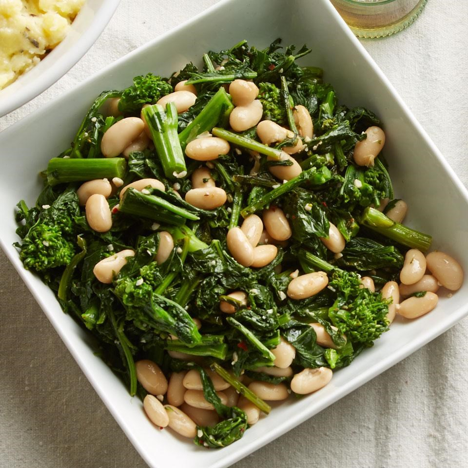 Broccoli Rabe with Cannellini Beans Recipe - EatingWell