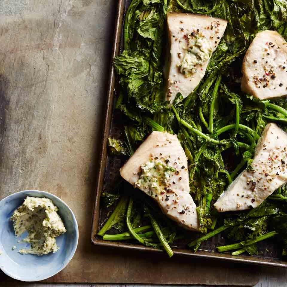fish filets on spinach