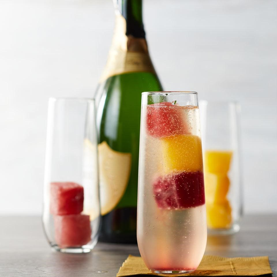 Mimosas with Juice Ice Cubes
