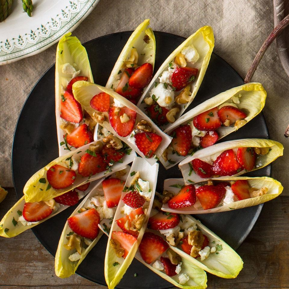 Endive with Goat Cheese, Strawberries & Walnuts