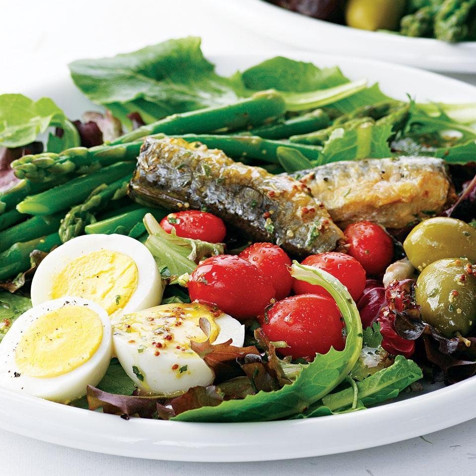 Spring Salad with Tarragon Vinaigrette