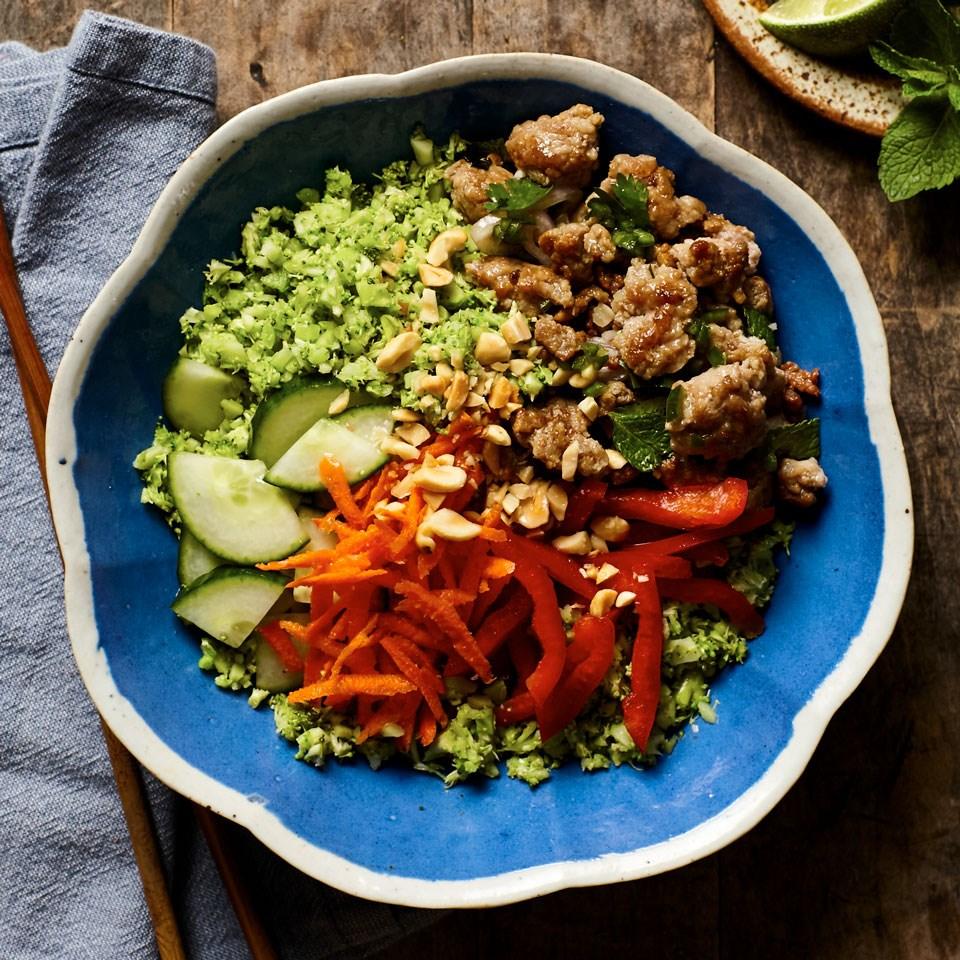 """Vietnamese Pork & Broccoli """"Rice"""" Bowls"""