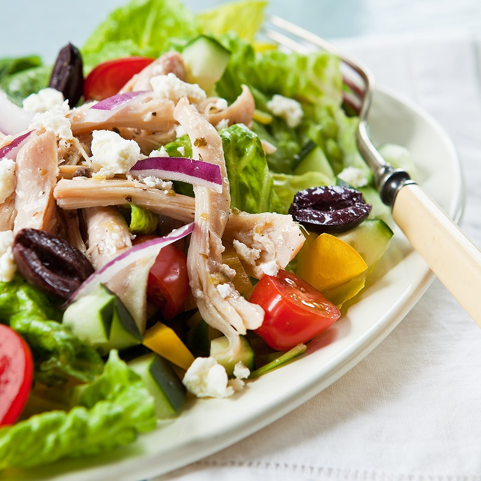 Greek style chicken salad recipe eatingwell for Salas lunchs