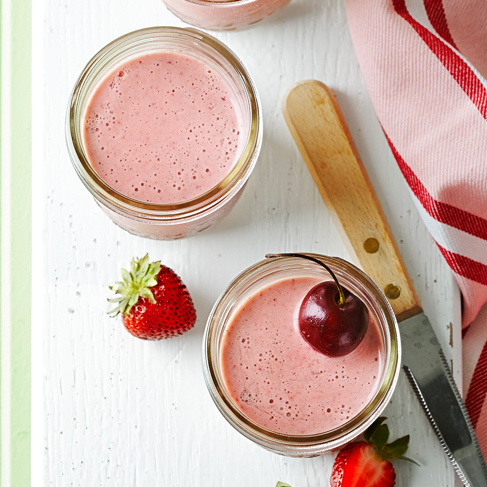 Cherry-Berry Oatmeal Smoothies