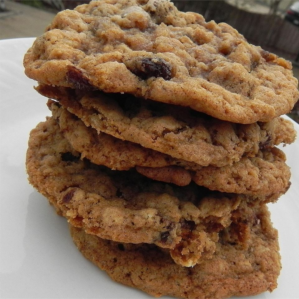 The Best Oatmeal Cookies_image