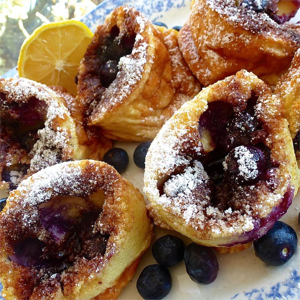 Blueberry Popovers lutzflcat