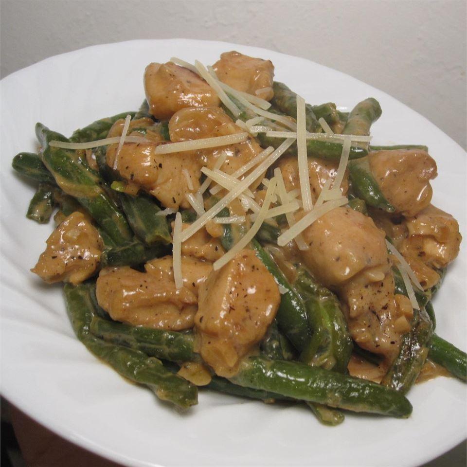 Divine Chicken with Green Beans WannaBChef