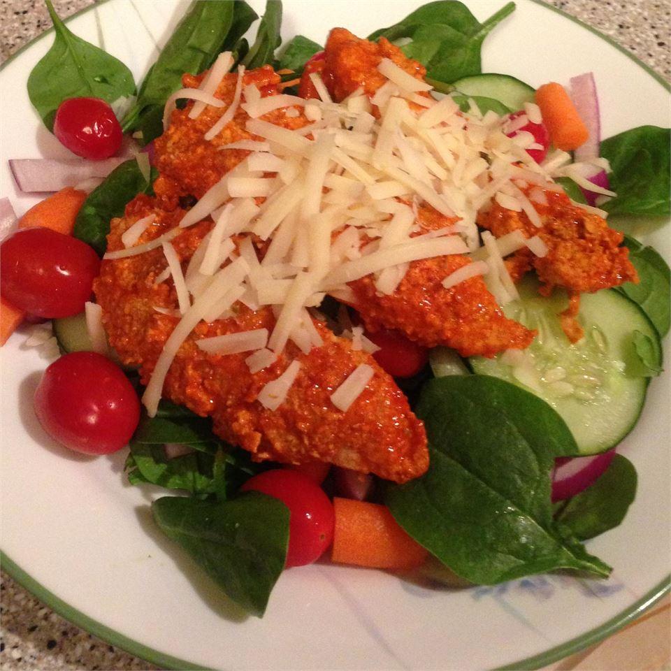 Hot 'n' Spicy Buffalo Chicken Salad AZEL