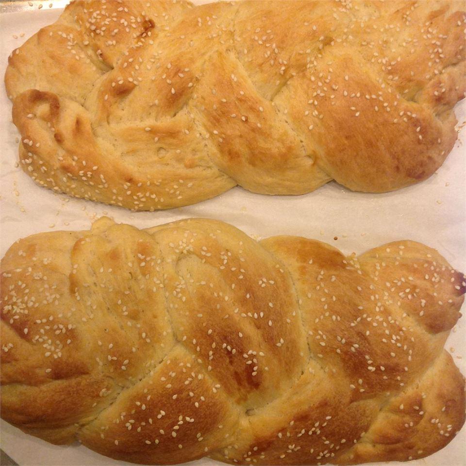 Choereg (Armenian Easter Bread) barbara1234